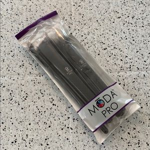NWT Moda Pro by Royal & Langnickle 3 Piece Brushes